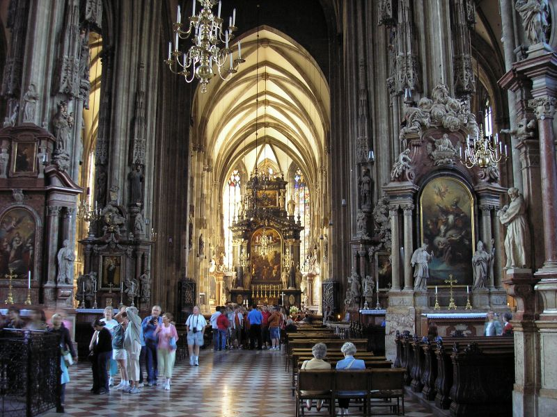 56010013-stephansdom-wien.jpg (11499 Byte)